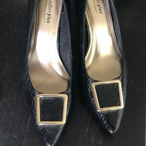 Comfort Plus by Predictions Heels - Never Worn